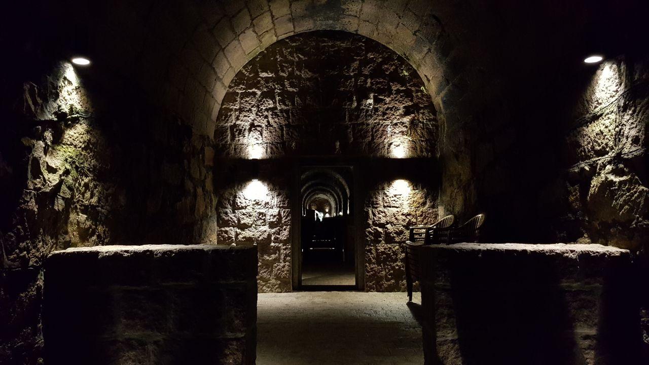 Cave Colinas de Pedra