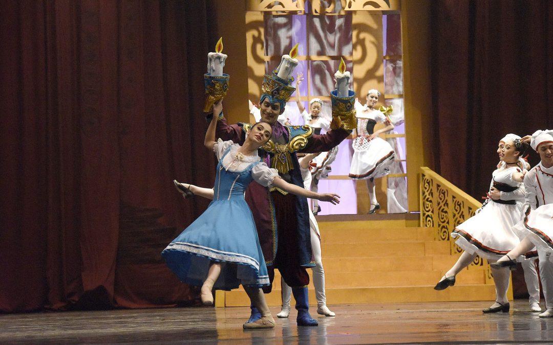 Escola de Dança Teatro Guaíra apresenta o espetáculo A Bela e a Fera