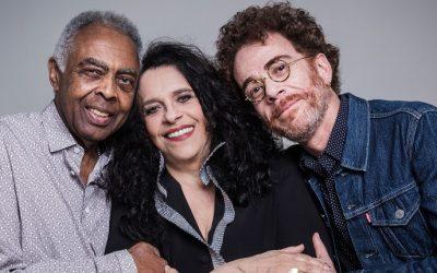 Gal Costa, Gilberto Gil e Nando Reis no palco da Ópera de Arame