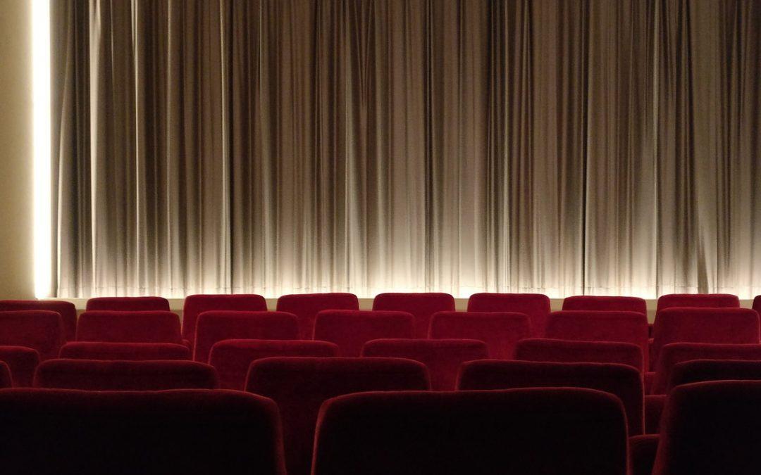 Stand-up comedy em salas de cinema chega a Curitiba