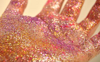 Tendências de moda para Carnaval 2018 invadem corredores dos shoppings