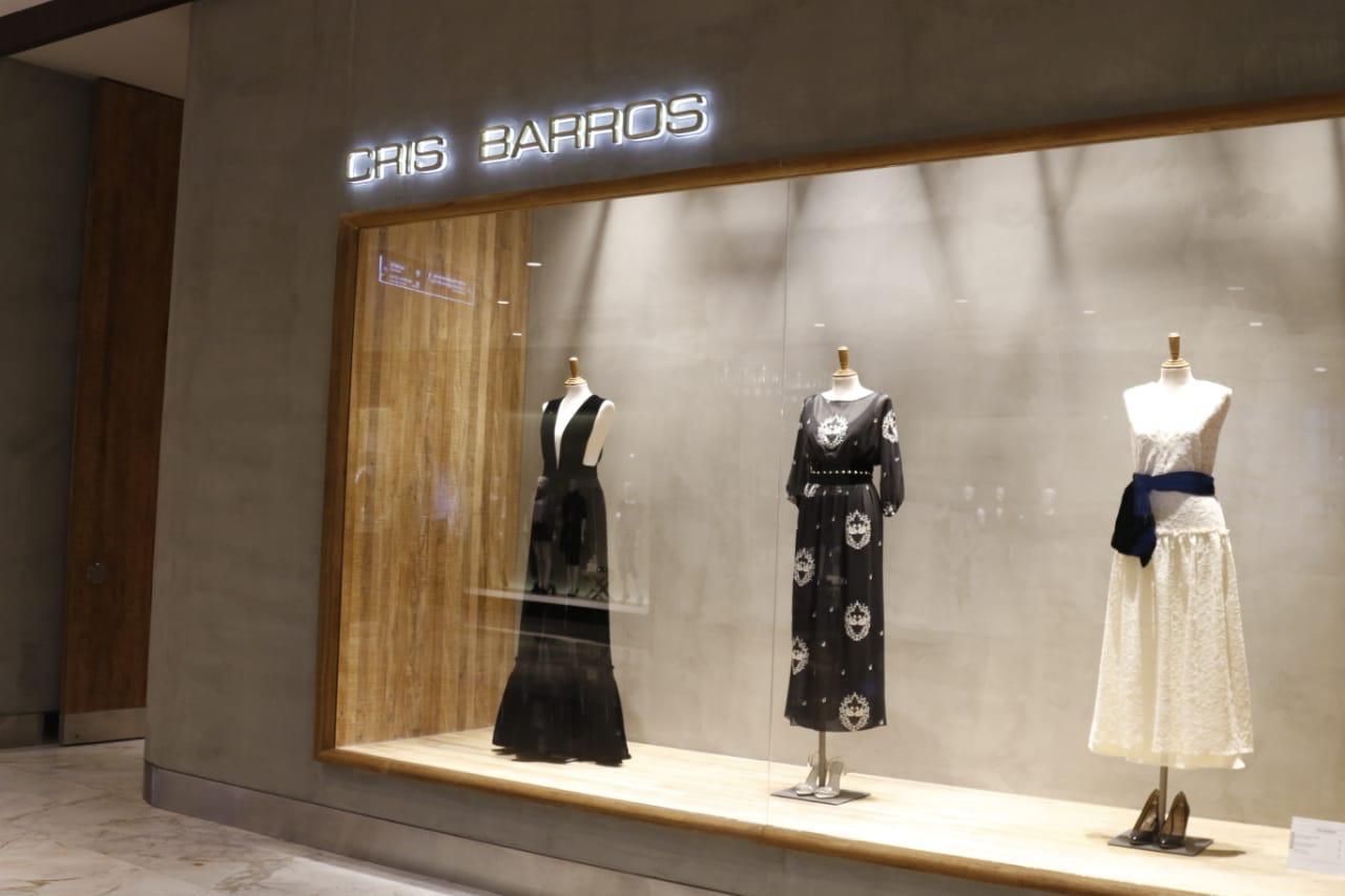 cb6a42b0afb77 Cris Barros abre as portas de sua nova loja em Curitiba