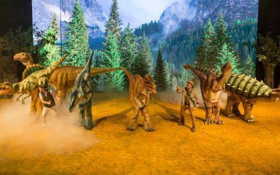 Megaprodução de dinossauros estreia em Curitiba