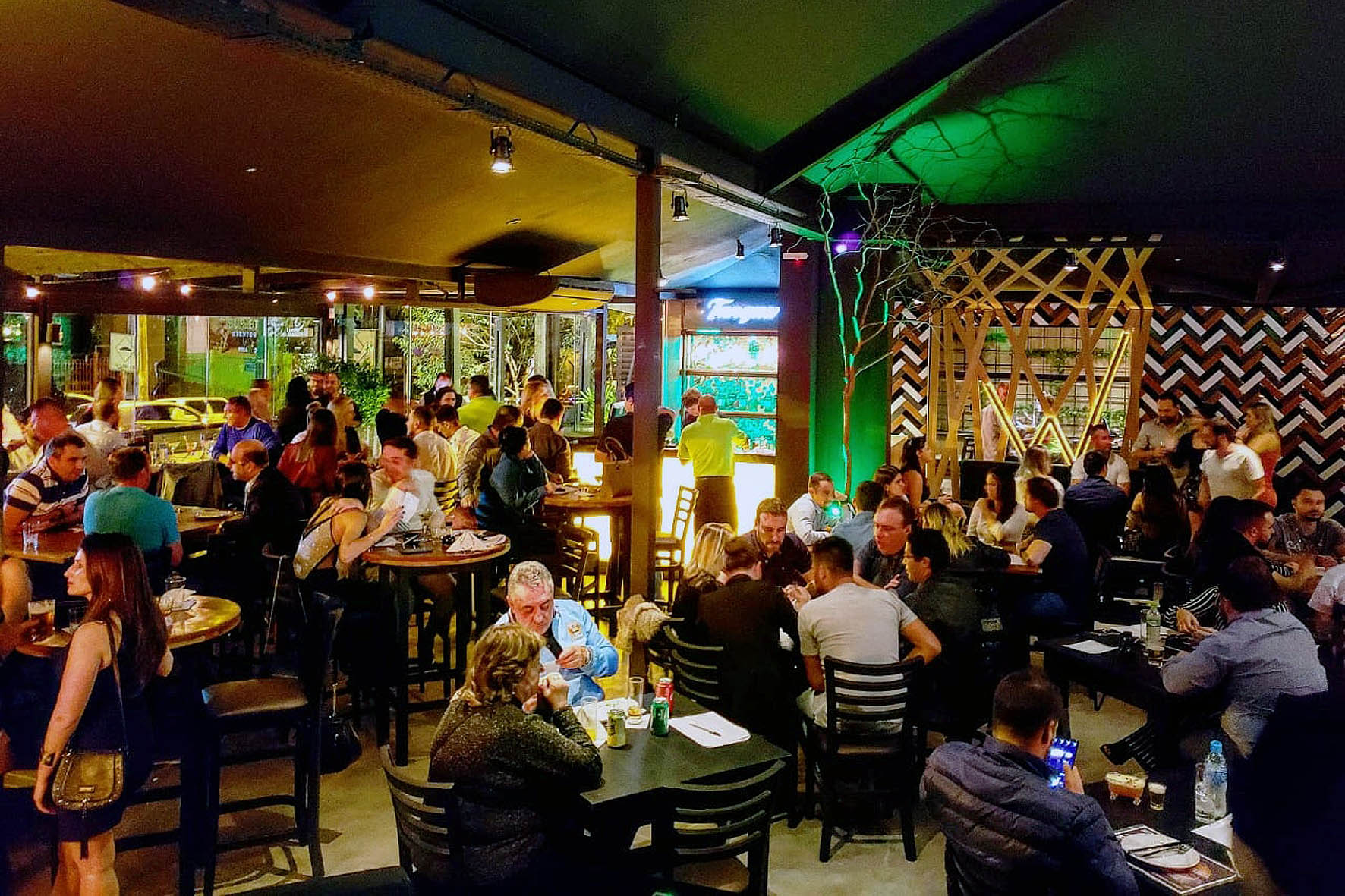 Wit Bar Interna