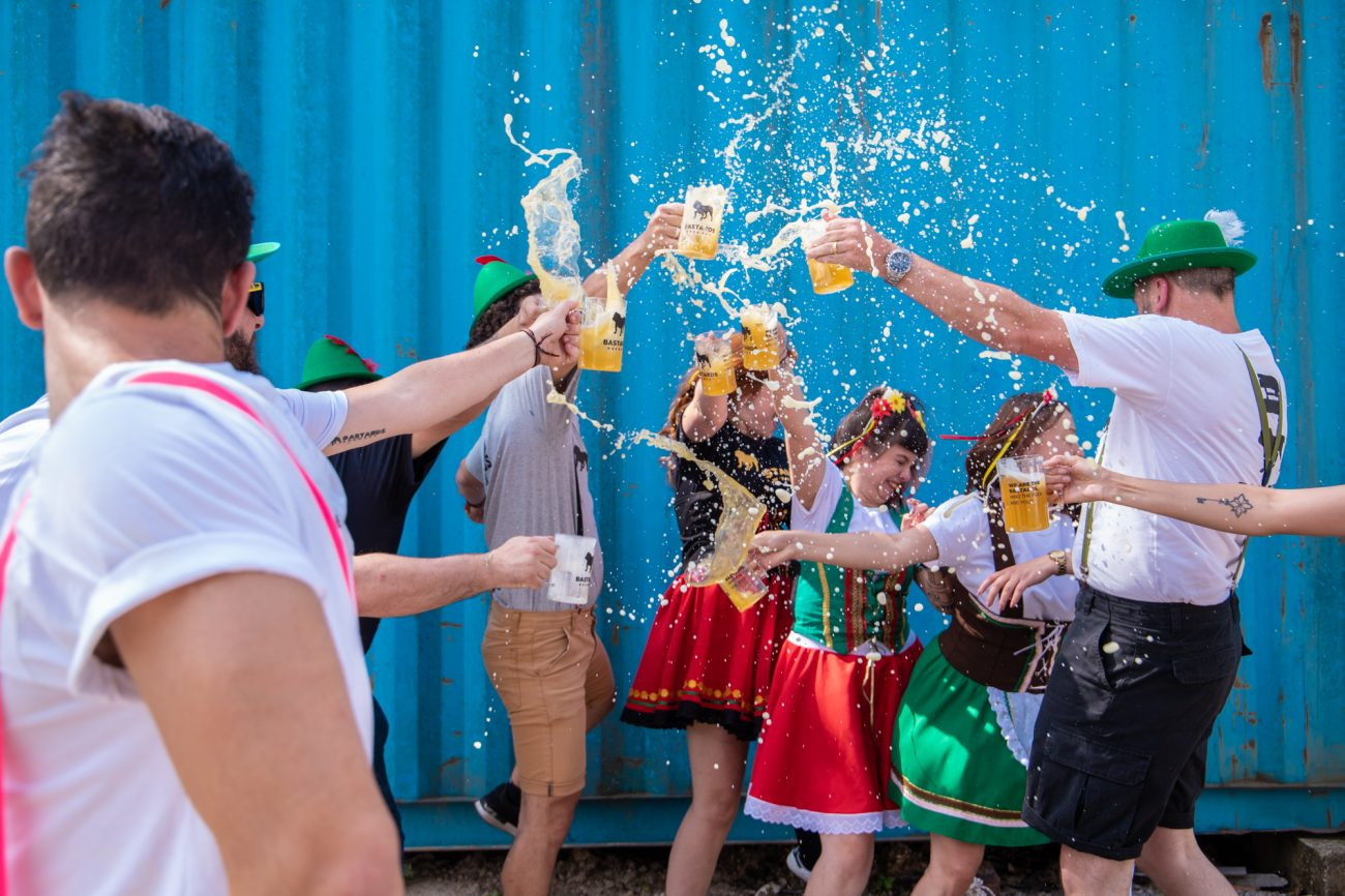 Música ao vivo, gastronomia e muito chope farão parte da Oktoberfest da Bastards Brewery - Cred Divulgação