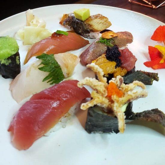 Sushis variados Z Sushi
