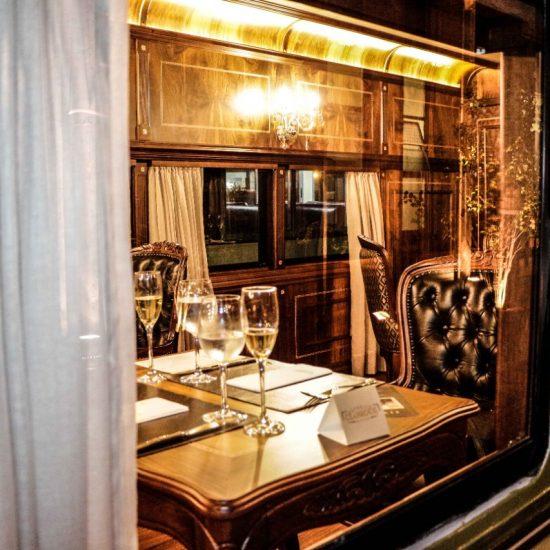 Trem de luxo volta a operar em comemoração ao Dia Das Mães