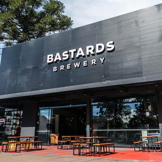 Bar da fábrica fica localizado na Mateus Leme próximo ao MON - Cred Iuri Poletti (1)