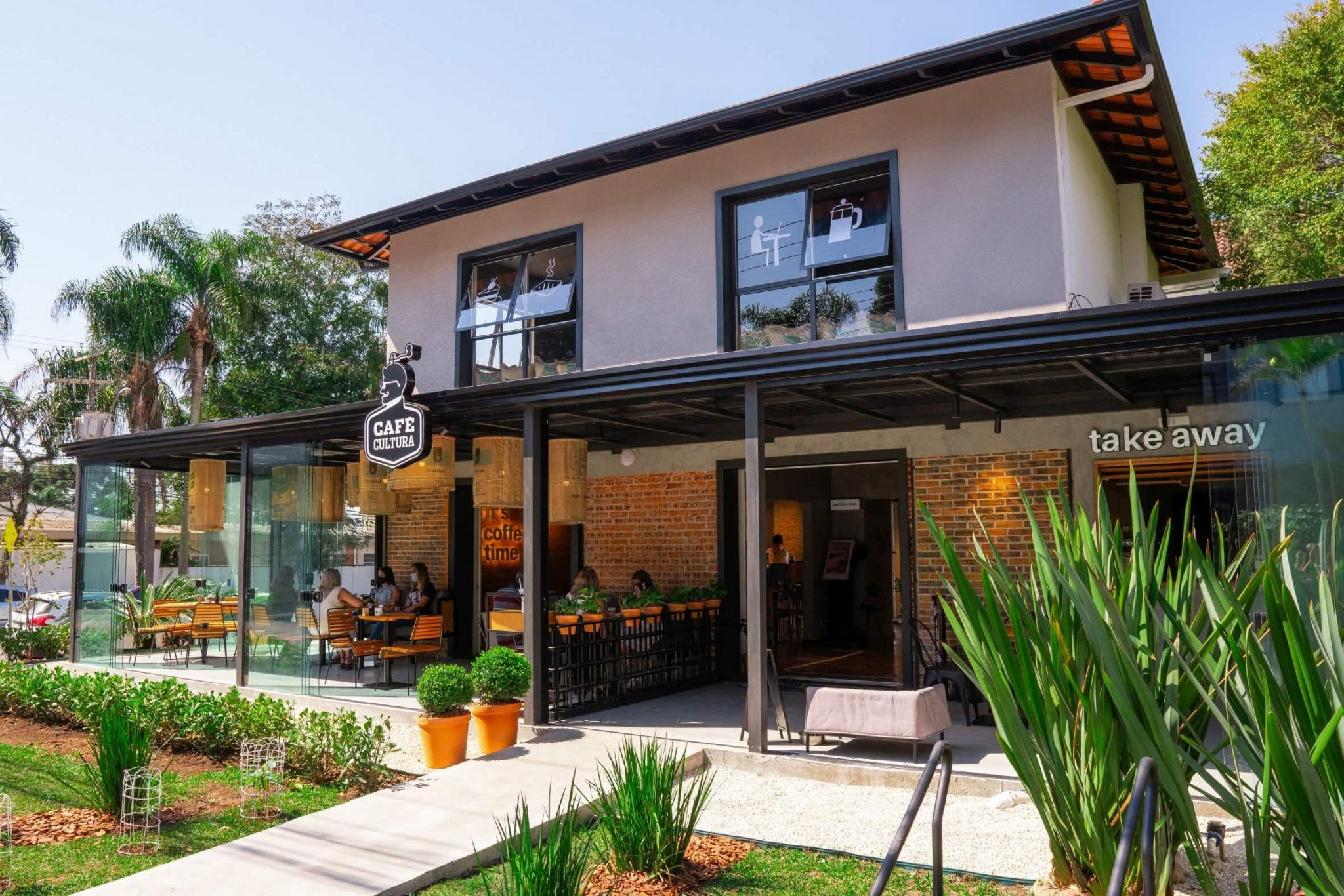 Café Cultura Cabral Fachada (1)