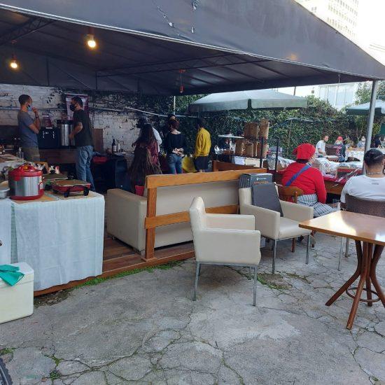 Feira VegMundi reúne gastronomia e artesanatos veganos