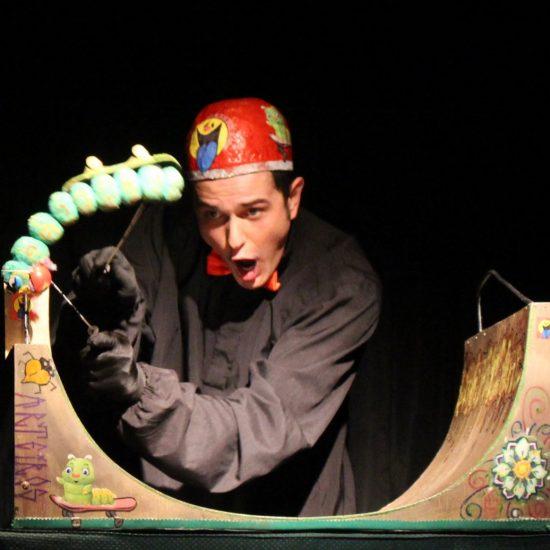 """No fim de semana, Teatro Dr. Botica recebe espetáculo """"O Presente"""""""